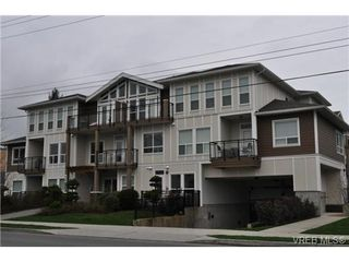 Photo 1: 213 938 Dunford Ave in VICTORIA: La Langford Proper Condo for sale (Langford)  : MLS®# 692031