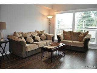 Photo 3: 213 938 Dunford Ave in VICTORIA: La Langford Proper Condo for sale (Langford)  : MLS®# 692031