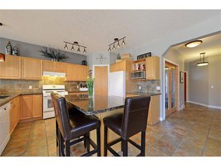 Photo 12: 94 SIMCOE Circle SW in Calgary: Signature Parke House for sale : MLS®# C4006481