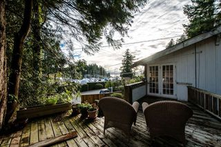 Photo 1: 5861 MARINE Drive in West Vancouver: Eagleridge House for sale : MLS®# R2027829