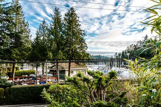 Photo 4: 5861 MARINE Drive in West Vancouver: Eagleridge House for sale : MLS®# R2027829