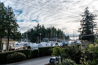 Photo 2: 5861 MARINE Drive in West Vancouver: Eagleridge House for sale : MLS®# R2027829