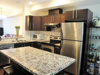 """Photo 2: 66 18199 70 Avenue in Surrey: Cloverdale BC Townhouse for sale in """"Augusta"""" (Cloverdale)  : MLS®# R2068016"""