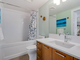 "Photo 12: 905 1372 SEYMOUR Street in Vancouver: Downtown VW Condo for sale in ""THE MARK"" (Vancouver West)  : MLS®# R2077192"