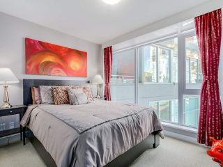 "Photo 11: 905 1372 SEYMOUR Street in Vancouver: Downtown VW Condo for sale in ""THE MARK"" (Vancouver West)  : MLS®# R2077192"