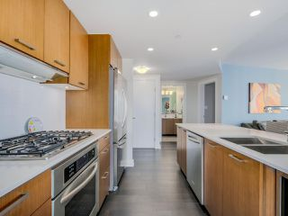 "Photo 10: 905 1372 SEYMOUR Street in Vancouver: Downtown VW Condo for sale in ""THE MARK"" (Vancouver West)  : MLS®# R2077192"