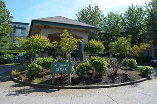 "Photo 11: 229 19528 FRASER Highway in Surrey: Cloverdale BC Condo for sale in ""FAIRMONT"" (Cloverdale)  : MLS®# R2087979"