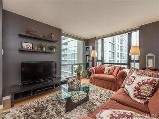 Photo 2: 710 751 Fairfield Rd in VICTORIA: Vi Downtown Condo Apartment for sale (Victoria)  : MLS®# 744857