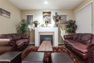 """Photo 5: 35 18199 70 Avenue in Surrey: Cloverdale BC Townhouse for sale in """"Augusta"""" (Cloverdale)  : MLS®# R2127883"""