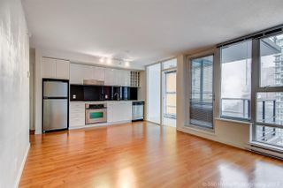 "Photo 2: 1705 111 W GEORGIA Street in Vancouver: Downtown VW Condo for sale in ""SPECTRUM"" (Vancouver West)  : MLS®# R2136148"