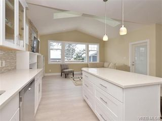 Photo 10: 799 Stellys Cross Rd in BRENTWOOD BAY: CS Brentwood Bay House for sale (Central Saanich)  : MLS®# 750218