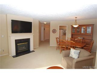 Photo 5: 314 3931 Shelbourne St in VICTORIA: SE Mt Tolmie Condo for sale (Saanich East)  : MLS®# 750508