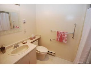 Photo 13: 314 3931 Shelbourne St in VICTORIA: SE Mt Tolmie Condo for sale (Saanich East)  : MLS®# 750508