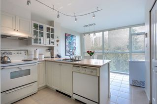 Photo 9: 404 7108 EDMONDS Street in Burnaby: Edmonds BE Condo for sale (Burnaby East)  : MLS®# R2140165