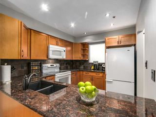 "Photo 8: 13 1350 W 6TH Avenue in Vancouver: Fairview VW Condo for sale in ""Pepper Ridge"" (Vancouver West)  : MLS®# R2141623"