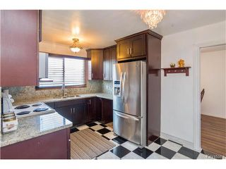Photo 4: 62 Masterton Crescent in Winnipeg: Maples Residential for sale (4H)  : MLS®# 1708380
