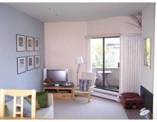 Photo 4: 1710 MACDONALD Street in Vancouver West: Home for sale : MLS®# V856837