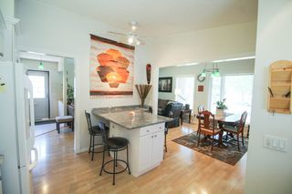 Photo 8: River Park South Bungalow - Winnipeg Real Estate For Sale
