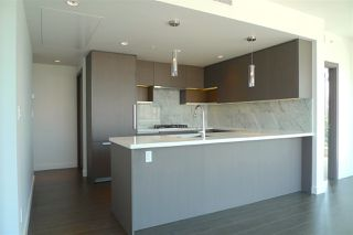"""Photo 4: 907 6538 NELSON Avenue in Burnaby: Metrotown Condo for sale in """"MET2"""" (Burnaby South)  : MLS®# R2185623"""