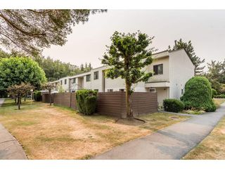 "Main Photo: 114 14153 104 Avenue in Surrey: Whalley Townhouse for sale in ""Hawthorne Park"" (North Surrey)  : MLS®# R2194548"