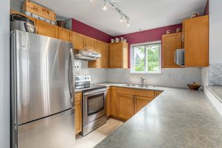 Photo 7: 204 365 E 1ST Street in North Vancouver: Lower Lonsdale Condo for sale ()  : MLS®# R2198048