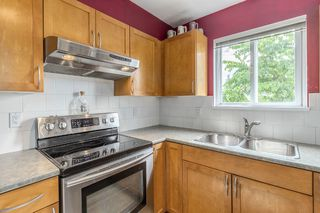 Photo 8: 204 365 E 1ST Street in North Vancouver: Lower Lonsdale Condo for sale ()  : MLS®# R2198048