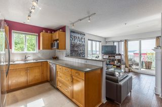Photo 9: 204 365 E 1ST Street in North Vancouver: Lower Lonsdale Condo for sale ()  : MLS®# R2198048