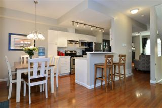 "Photo 2: 63 15030 58 Avenue in Surrey: Sullivan Station Townhouse for sale in ""Summerleaf"" : MLS®# R2202602"