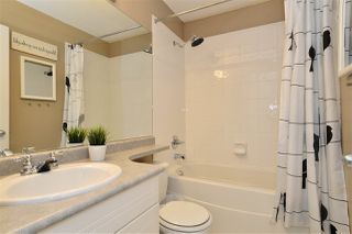"Photo 13: 63 15030 58 Avenue in Surrey: Sullivan Station Townhouse for sale in ""Summerleaf"" : MLS®# R2202602"