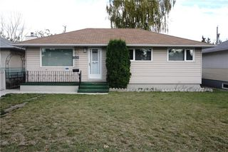Main Photo: 2208 44 Street SE in Calgary: Forest Lawn House for sale : MLS®# C4139524