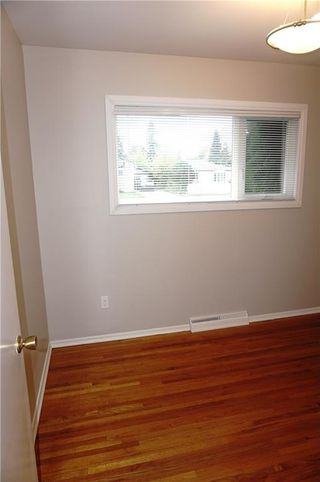 Photo 13: 2208 44 Street SE in Calgary: Forest Lawn House for sale : MLS®# C4139524