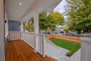 Photo 4: 1230 E 11TH Avenue in Vancouver: Mount Pleasant VE House 1/2 Duplex for sale (Vancouver East)  : MLS®# R2216044
