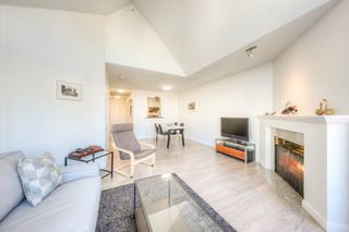 "Photo 7: 310 3638 RAE Avenue in Vancouver: Collingwood VE Condo for sale in ""RAINTREE GARDENS"" (Vancouver East)  : MLS®# R2221623"