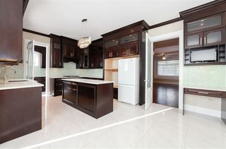 Photo 6: 8094 GILLEY Avenue in Burnaby: South Slope House for sale (Burnaby South)  : MLS®# R2233466