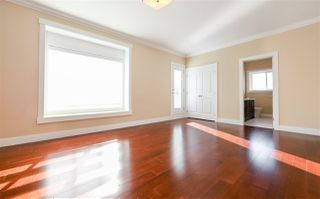 Photo 12: 8094 GILLEY Avenue in Burnaby: South Slope House for sale (Burnaby South)  : MLS®# R2233466