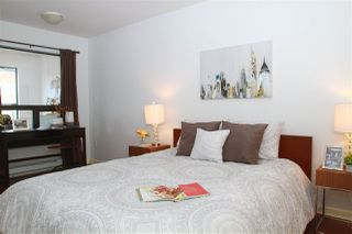 """Photo 4: 310 997 W 22ND Avenue in Vancouver: Cambie Condo for sale in """"THE CRESCENT"""" (Vancouver West)  : MLS®# R2239870"""