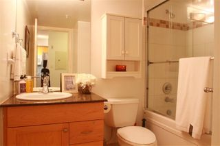 """Photo 8: 310 997 W 22ND Avenue in Vancouver: Cambie Condo for sale in """"THE CRESCENT"""" (Vancouver West)  : MLS®# R2239870"""