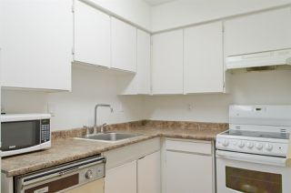 """Photo 2: 208 225 MOWAT Street in New Westminster: Uptown NW Condo for sale in """"THE WINDSOR"""" : MLS®# R2250824"""