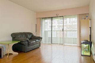 """Photo 5: 208 225 MOWAT Street in New Westminster: Uptown NW Condo for sale in """"THE WINDSOR"""" : MLS®# R2250824"""