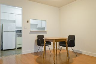 """Photo 4: 208 225 MOWAT Street in New Westminster: Uptown NW Condo for sale in """"THE WINDSOR"""" : MLS®# R2250824"""