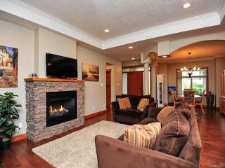 Photo 2: 1889 SUSSEX DRIVE in COURTENAY: CV Crown Isle House for sale (Comox Valley)  : MLS®# 783867