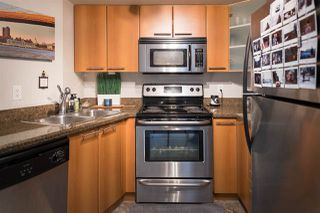 """Photo 6: 307 1718 VENABLES Street in Vancouver: Grandview VE Condo for sale in """"CITY VIEW TERRACES"""" (Vancouver East)  : MLS®# R2259867"""