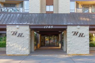 Photo 2: 312 1745 Leighton Road in VICTORIA: Vi Jubilee Condo Apartment for sale (Victoria)  : MLS®# 390820