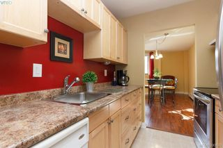 Photo 1: 312 1745 Leighton Road in VICTORIA: Vi Jubilee Condo Apartment for sale (Victoria)  : MLS®# 390820