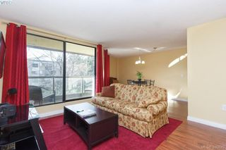 Photo 5: 312 1745 Leighton Road in VICTORIA: Vi Jubilee Condo Apartment for sale (Victoria)  : MLS®# 390820