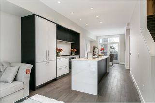 Photo 4: 1492 W 58TH Avenue in Vancouver: South Granville Townhouse for sale (Vancouver West)  : MLS®# R2274797