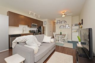 Photo 3: 305 2351 KELLY Avenue in Port Coquitlam: Central Pt Coquitlam Condo for sale : MLS®# R2275677