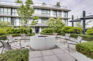 "Photo 16: 262 2080 W BROADWAY in Vancouver: Kitsilano Condo for sale in ""PINNACLE LIVING ON BROADWAY"" (Vancouver West)  : MLS®# R2278203"