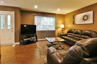 Photo 3: 542 Victoria Avenue in Winnipeg: West Transcona Residential for sale (3L)  : MLS®# 1815986