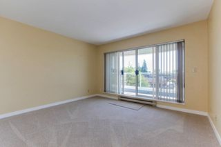 "Photo 12: 313 13771 72A Avenue in Surrey: East Newton Condo for sale in ""NEWTOWN PLAZA"" : MLS®# R2287531"